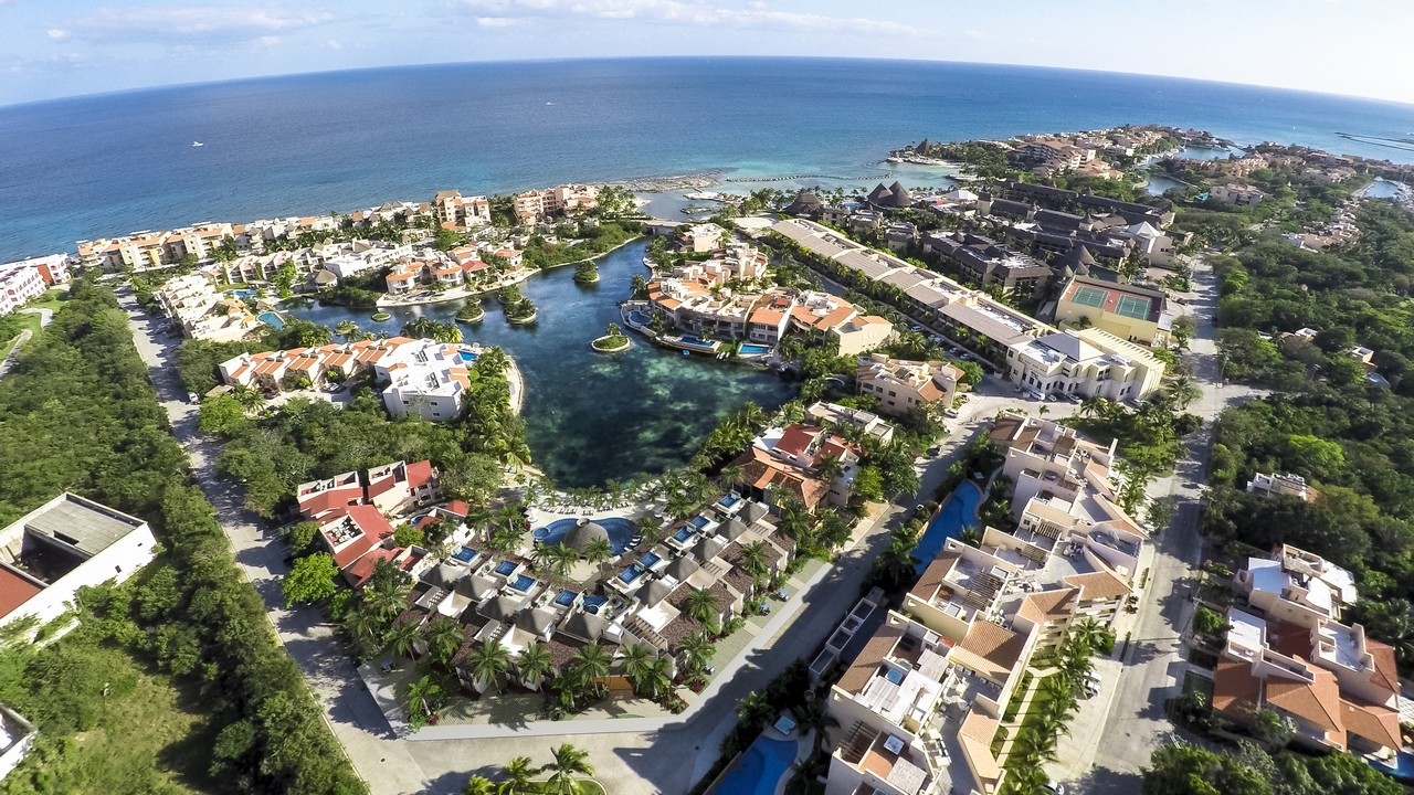 villas-aqua-puerto-anenturas-riviera-maya-mexico-kinney-smith-real-estate-villa-condo-apartment